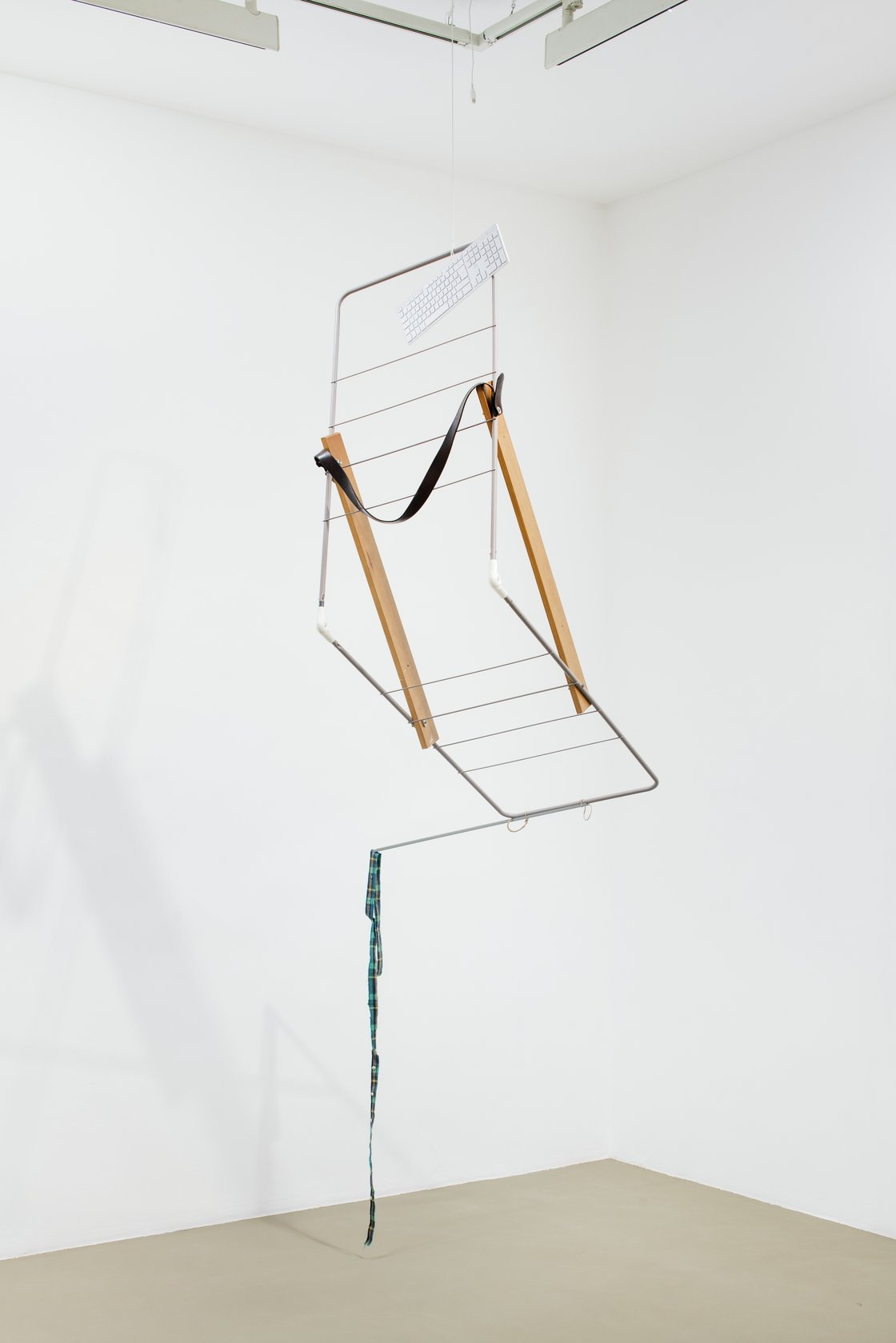 Abraham Cruzvillegas, Untitled portable sculpture (La Señora de Las Nueces) 6, 2020-2021
