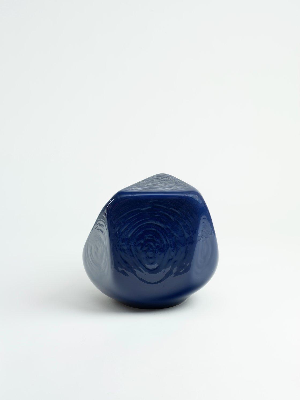 Jean-Luc Moulène, Figure intermediaire excentrique Varia 4 - bleu,, 2019